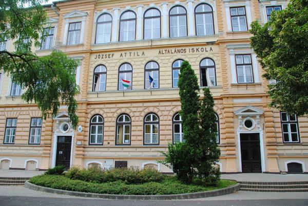 Orosházi Református Két Tanítási Nyelvű Általános Iskola